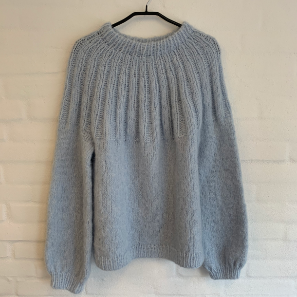 Sunday Sweater fra PetiteKnit - Garnpakke